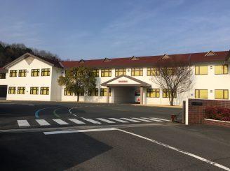 H27年1月完工 福山市神辺町大規模外壁・屋根塗装替工事 ローツエ 株式会社 様